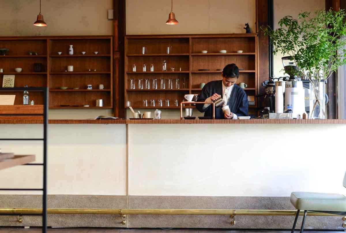 ร้านเช่าจักรยาน โตเกียวไบค์ ยานากะ ร้านสาเก ร้านกาแฟ