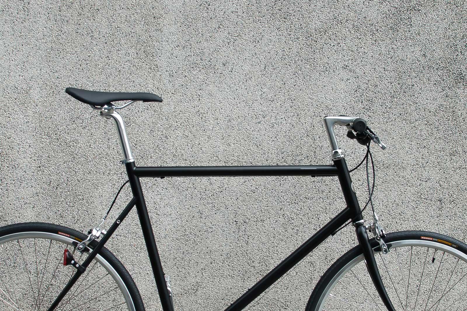 จักรยานทรงสปอร์ต คานตรง สีพิเศษดำด้าน รุ่น CS sport matt black - tokyobike