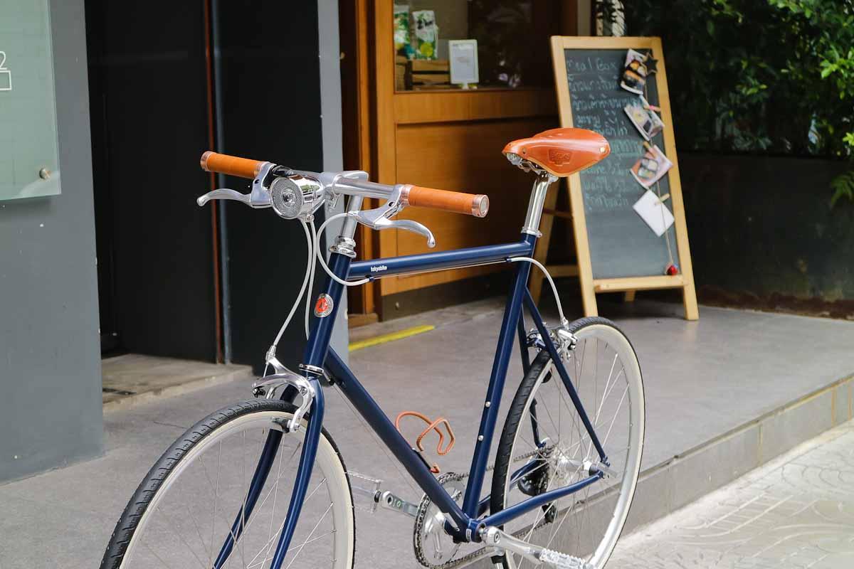 จักรยานสวย tokyobike plus #19 โดย tokyobike สี navy แต่งพิเศษ เรียบ สวย หรู